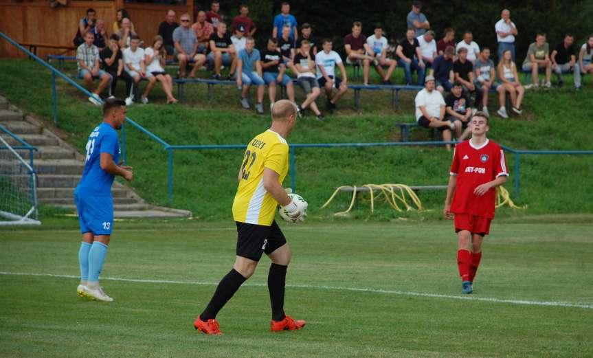 V liga krośnieńska. Mecz Tempo Nienaszów - LKS Skołyszyn 3-2